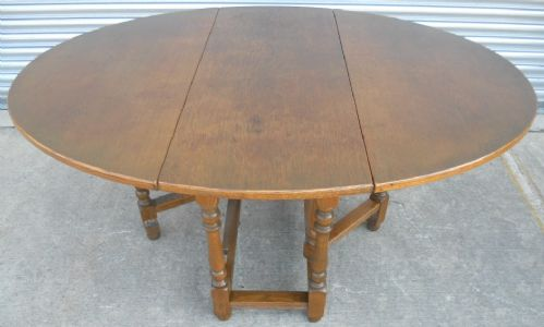 Old Charm Oak Gateleg Dining Table to Seat Six